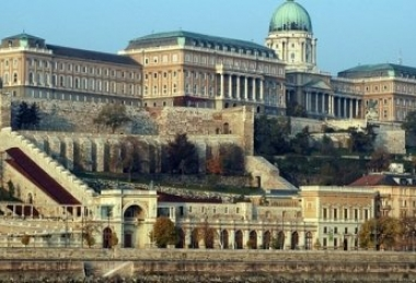 Recharge yourself in Budapest in 2 days